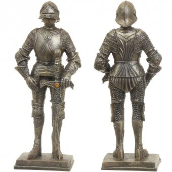 Statuette Knight with a jewel on the sword, 18 cm