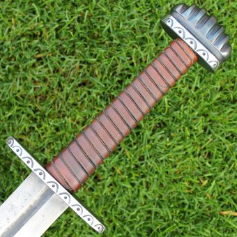 "Viking sword ""Strength and Honor"""