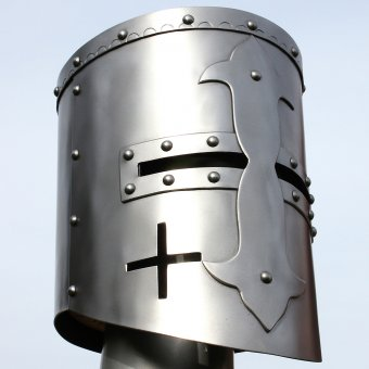 Great helmet with cross on the front