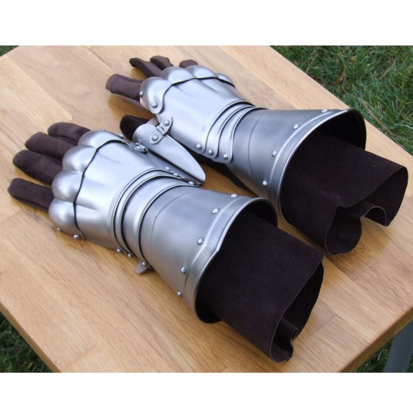 how to make mail gauntlets