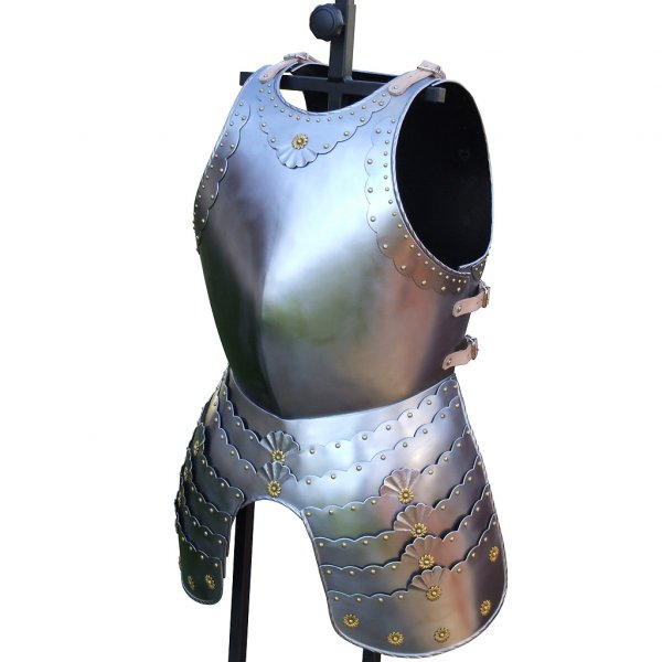 Cuirass Decorated cuirass with tassets