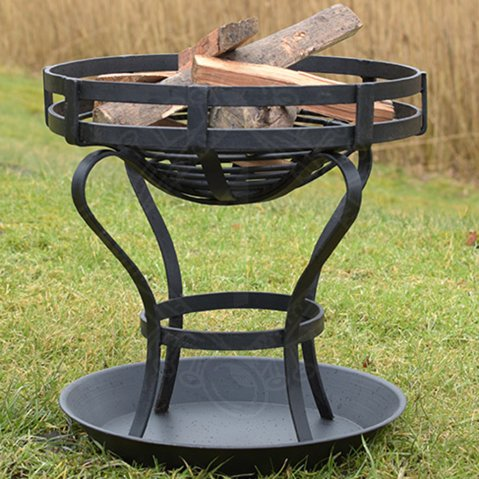 Outdoor brazier with ash tray