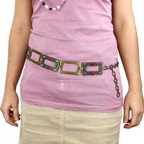 Chain belt decorated with stones