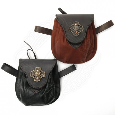 Leather bag with the Celtic cross