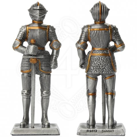 Tin knight statue in Maxmilian armor