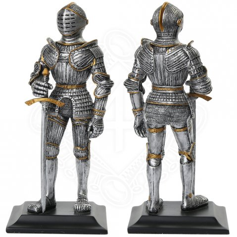 Knight with sword and shield, statuette