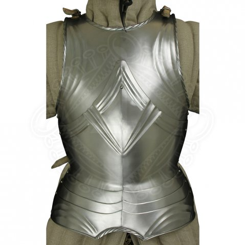 Fluted gothic breastplate