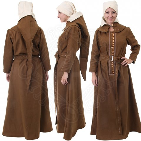 Women's medieval dress about 1475