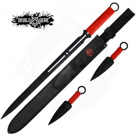 Devils Gear Sword with two kunai