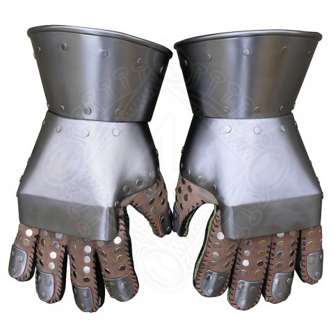 Gauntlets Churburg (about 1410) / Milanese Gauntlets