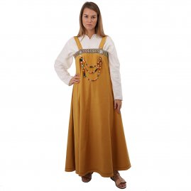 Women's Viking costume Revna