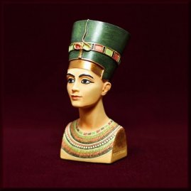 Resin Figure Nefertiti 10cm