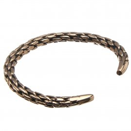 Massive Bracelet with chain pattern