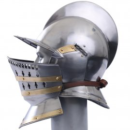 Burgonet helmet with Bevor