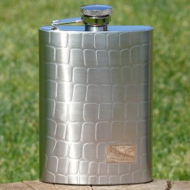 Hip flask with snake texture