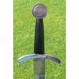 One handed sword with disc pommel with especially short guard and with a strong leather scabbard