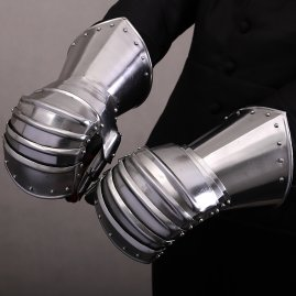 Medieval Infantry Mitten Gauntlets with Inner Gloves