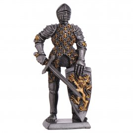 Toy Tin Soldier Medieval Knight with battle axe and lion coat of arms 110mm