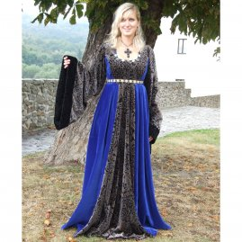 Medieval clothing Gora