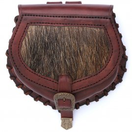Leather bag with wild boar fur
