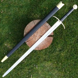 Two-handed sword with scabbard, battle ready